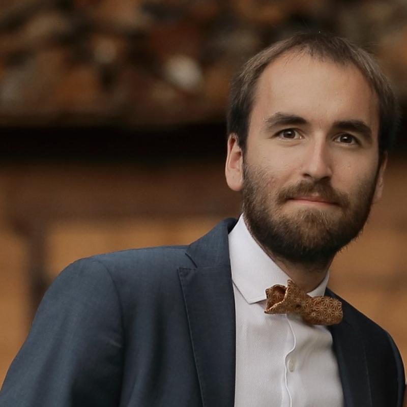 Dr Adrian BRUN